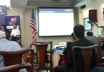 Meeting-with-US-official-s-in-Kolkata-01